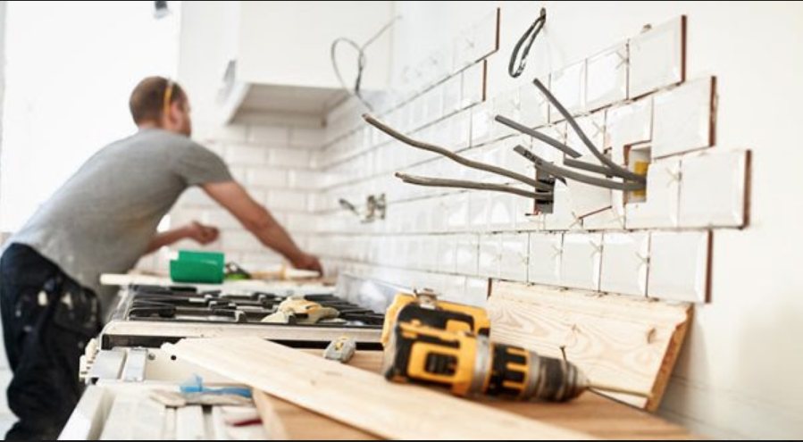 Should You Fix Your House Up or Sell Like It Is Now?